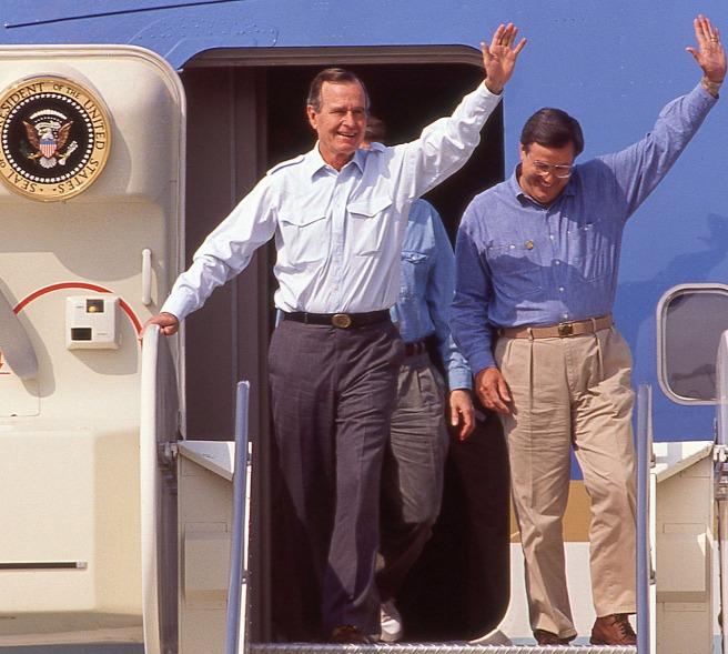 President George H.W. Bush and Congressman Bill Thomas