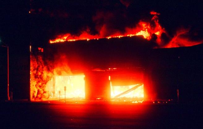 LA_burns_3web